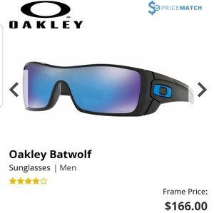 New In box Oakley Batwolf sunglasses